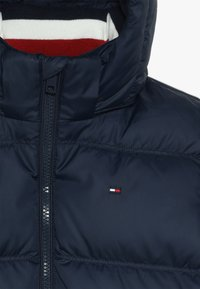 Tommy Hilfiger - ESSENTIALS JACKET - Gewatteerde jas - blue - 4
