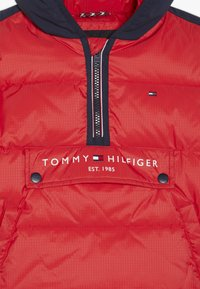 Tommy Hilfiger - MIXED POPOVER JACKET - Winterjas - red - 5