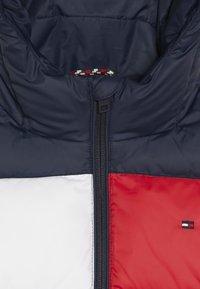 Tommy Hilfiger - PADDED FLAG JACKET - Zimní bunda - blue - 2