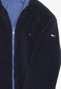 Tommy Hilfiger - REVERSIBLE JACKET - Zimní bunda - blue - 6