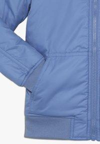 Tommy Hilfiger - REVERSIBLE JACKET - Zimní bunda - blue - 4