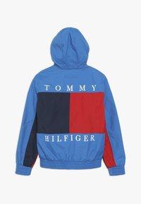 Tommy Hilfiger - REVERSIBLE COLOR BLOCK JACKET - Jas - blue - 1