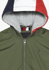 Tommy Hilfiger - HOODED FLIGHT - Cappotto invernale - green - 5