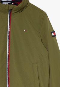 Tommy Hilfiger - ESSENTIAL  - Lehká bunda - green - 5