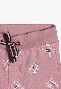 Tommy Hilfiger - BABY PRINTED SET - Legging - pink - 3