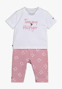 Tommy Hilfiger - BABY PRINTED SET - Legging - pink - 0