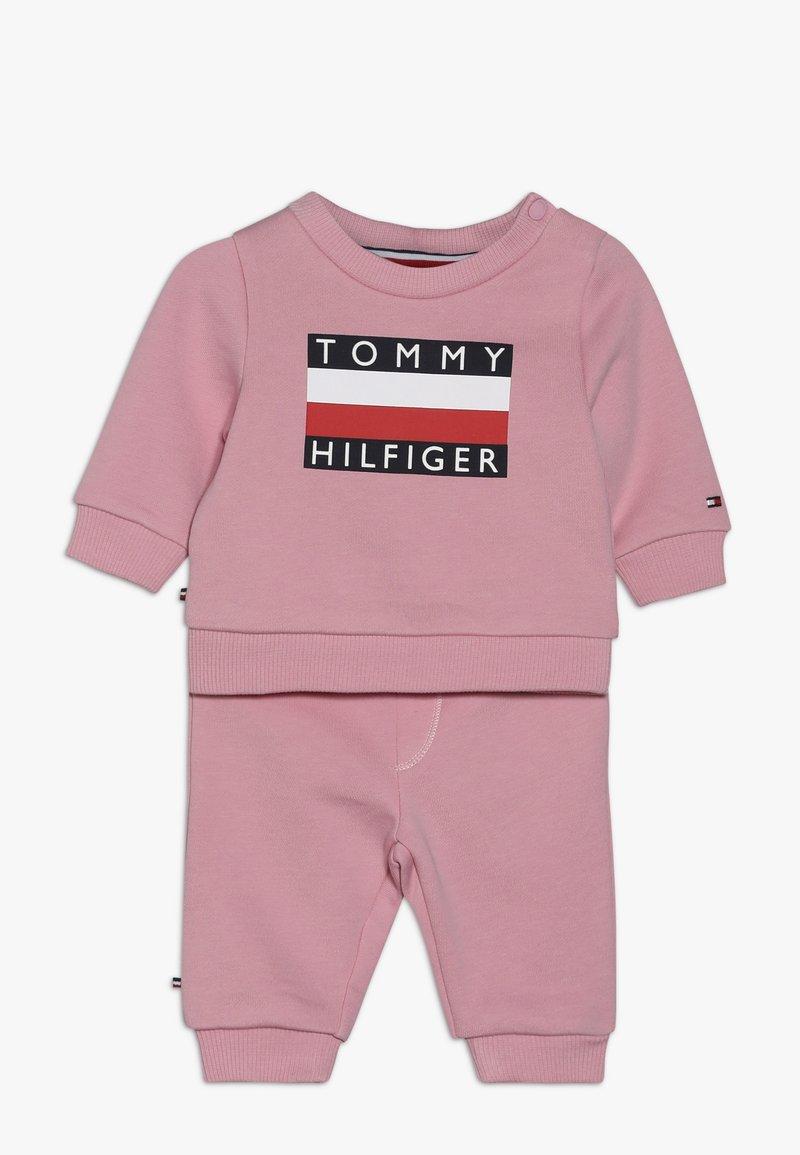 Tommy Hilfiger - BABY TRACKSUIT SET - Trainingspak - pink