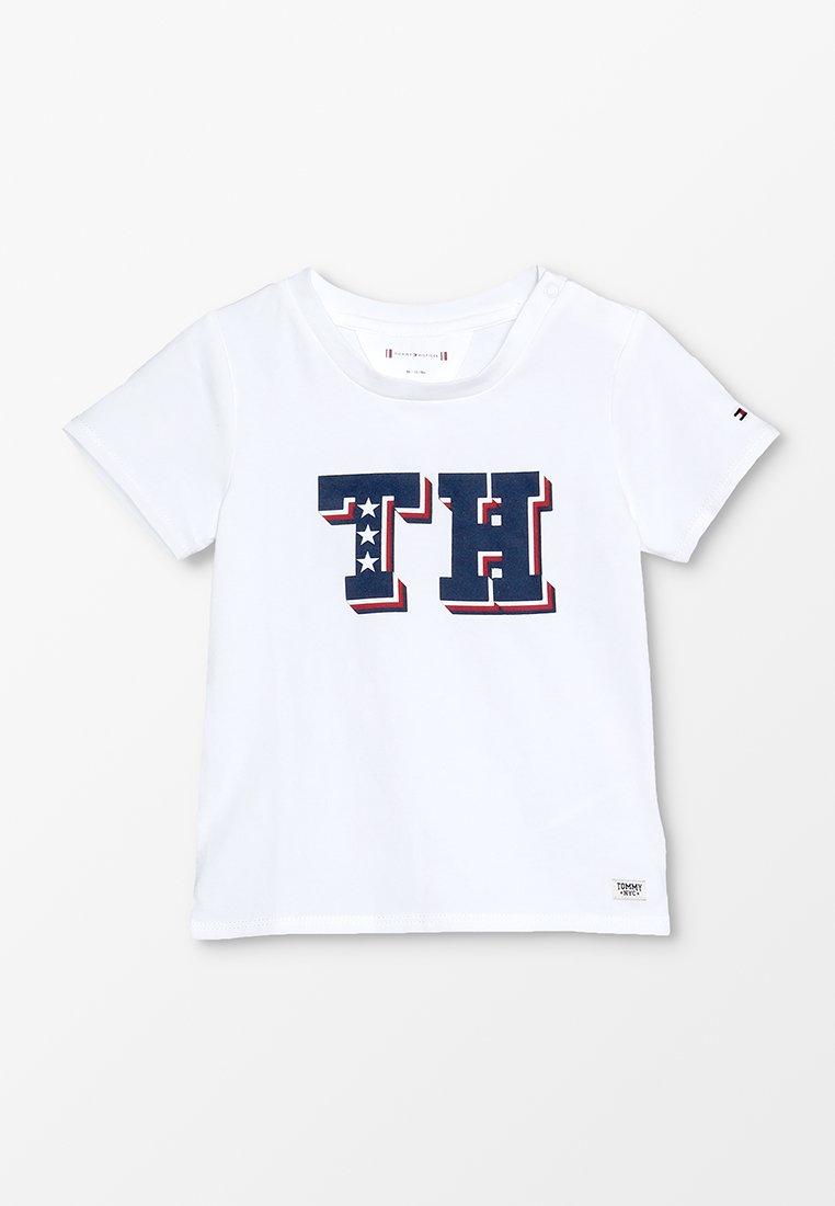 Tommy Hilfiger - BABY BOY TEE - Printtipaita - bright white