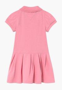 Tommy Hilfiger - BABY GIRL - Vestido informal - pink - 1