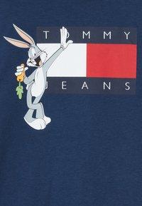 Tommy Hilfiger - LOONEY TUNES TEE - T-shirt print - blue - 3
