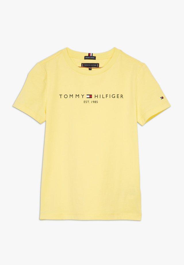 ESSENTIAL TEE - Camiseta estampada - yellow