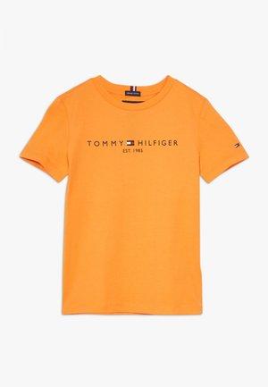 ESSENTIAL TEE - T-shirt con stampa - orange