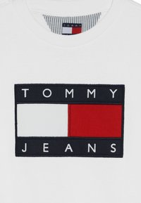 Tommy Hilfiger - UNISEX FLAG  - Sweater - classic white - 4