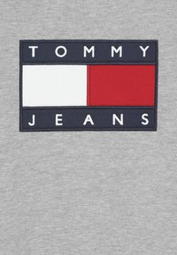 Tommy Hilfiger - UNISEX FLAG  - Sweatshirt - light grey heather - 4