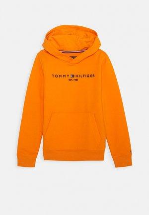 ESSENTIAL HOODIE - Jersey con capucha - orange