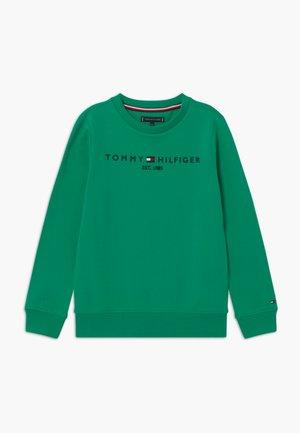 ESSENTIAL - Sweatshirt - green