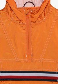 Tommy Hilfiger - POP OVER - Lehká bunda - orange - 2