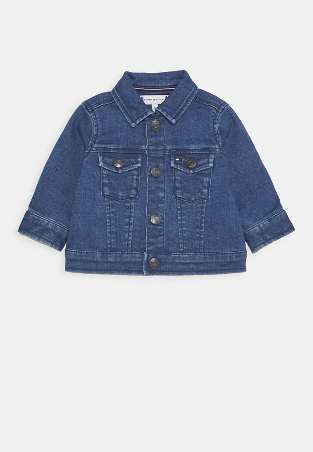 BABY FLAG JACKET - Chaqueta vaquera - denim