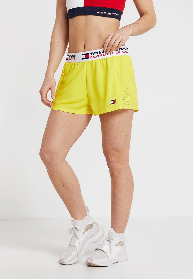 Tommy Sport - Korte broeken - blazing yellow