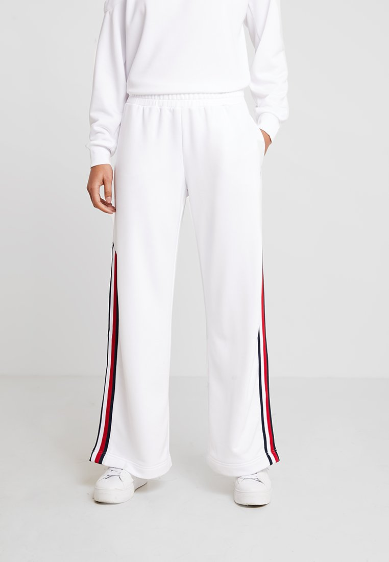 Tommy Sport - PANTS WITH SNAPS - Jogginghose - white