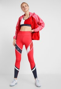 Tommy Sport - LEGGING WITH STARS  - Collants - red - 1