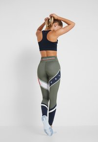 Tommy Sport - LEGGING WITH STARS  - Collants - green - 2