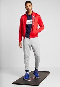 Tommy Sport - LOGO DRIVER - T-shirt imprimé - navy - 1