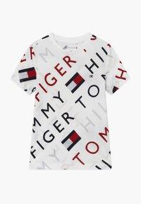 Tommy Hilfiger - SPORTS LOGO TEE - Triko spotiskem - white - 0