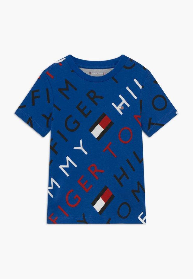 SPORTS LOGO TEE - T-shirt med print - blue