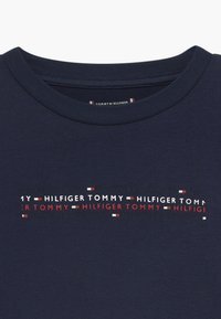Tommy Hilfiger - SPORT BOXY LOGO TEE - T-shirt z nadrukiem - blue - 3