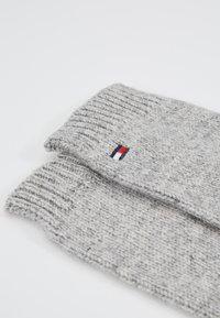 Tommy Hilfiger - FLAG KNIT GLOVES - Gants - grey - 4