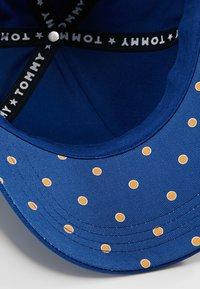 Tommy Hilfiger - CLASSIC - Czapka z daszkiem - blue - 5
