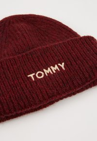 Tommy Hilfiger - EFFORTLESS BEANIE - Čepice - red - 4