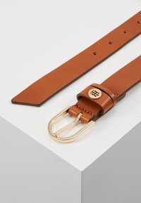 Tommy Hilfiger - CLASSIC BELT - Belt - brown - 2