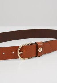 Tommy Hilfiger - CLASSIC BELT - Belt - brown - 4