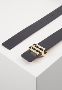 Tommy Hilfiger - REVERSIBLE - Belt - blue - 3
