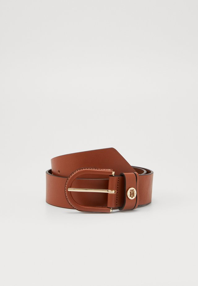 HIGH WAIST OVAL BUCKLE BELT - Tailleriem - brown