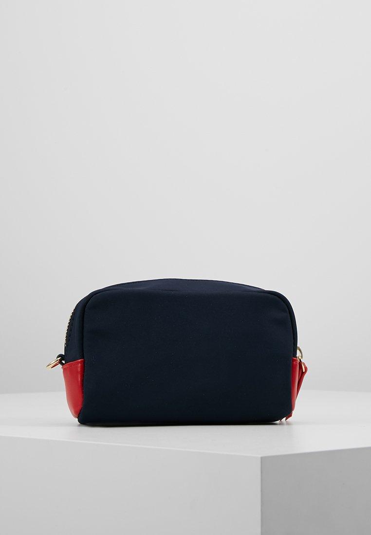 Tommy Hilfiger - CORE MAKE UP BAG - Kosmetiktasker - blue
