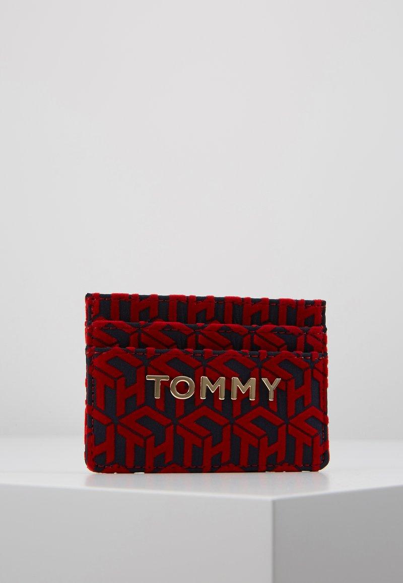 Tommy Hilfiger - ICONIC HOLDER - Peněženka - red