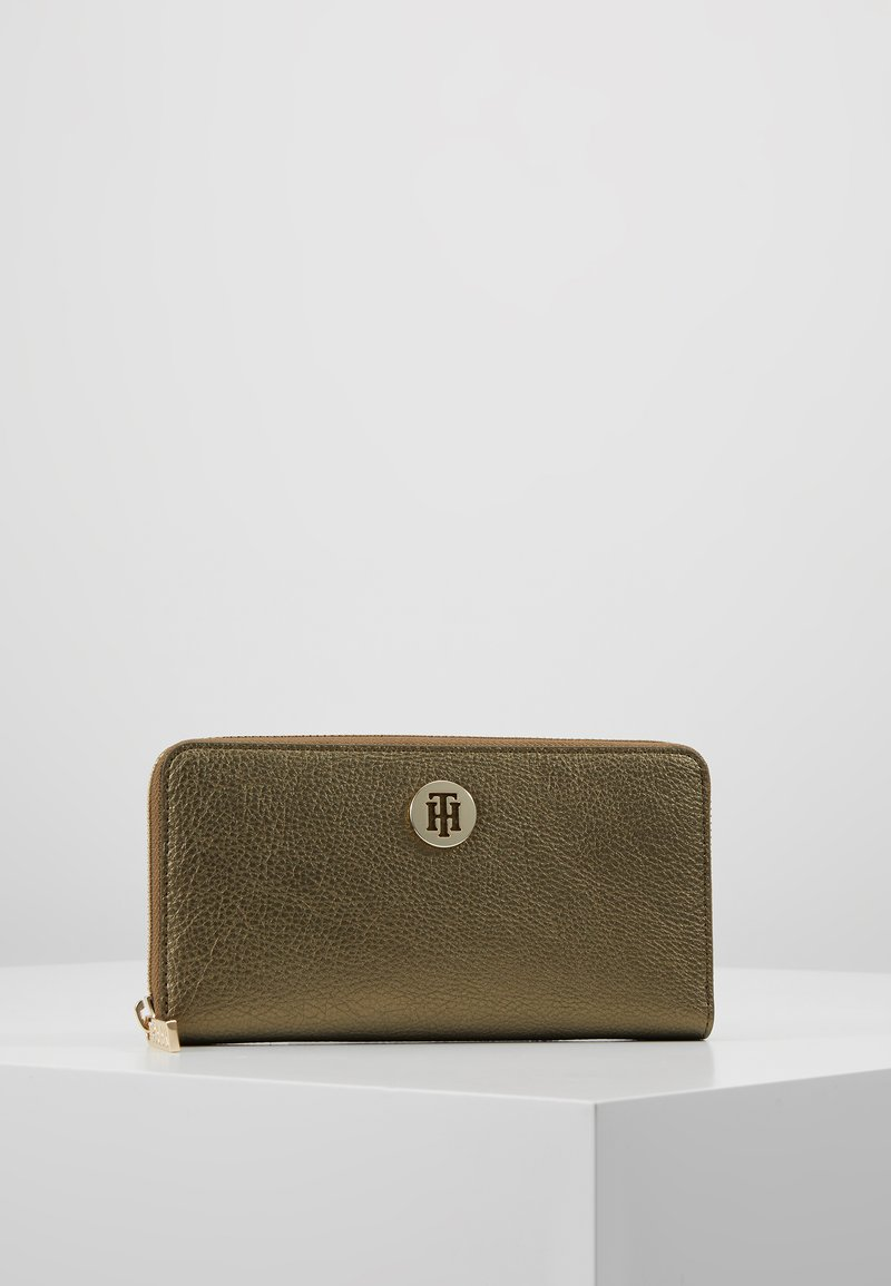 Tommy Hilfiger - CORE - Wallet - gold