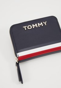 Tommy Hilfiger - CORPORATE WALLET - Portemonnee - blue - 2