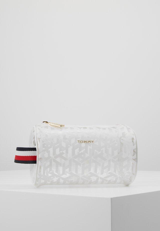 ICONIC WASHBAG - Wash bag - white