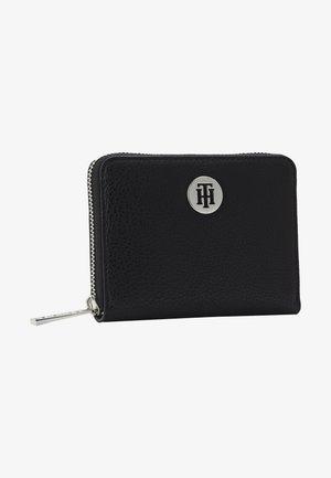 CORE MEDIUM - Wallet - black