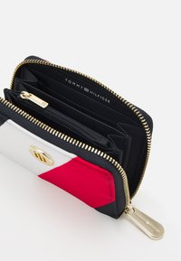 Tommy Hilfiger - POPPY CORP - Wallet - blue - 2