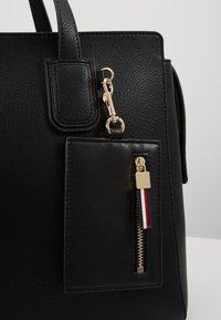 Tommy Hilfiger - CHARMING TOMMY SATCHEL - Handbag - black - 6