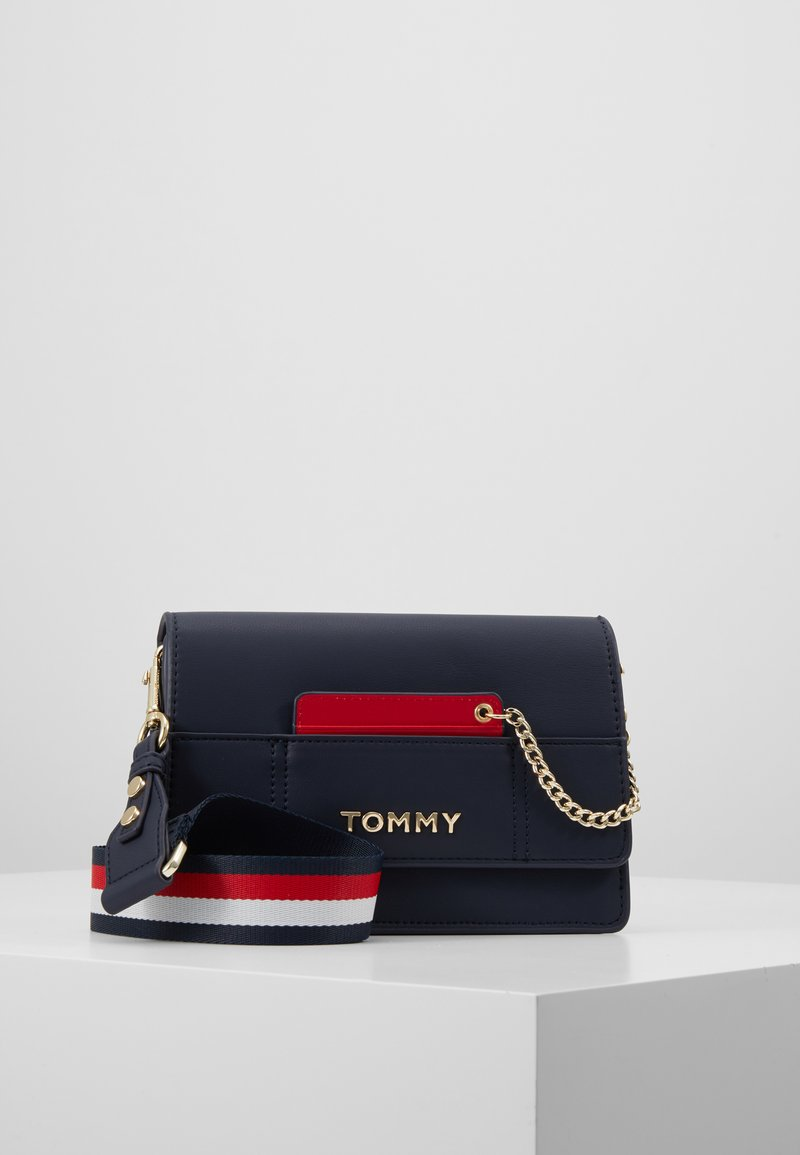 Tommy Hilfiger - ITEM STATEMENT CROSSOVER - Across body bag - multi