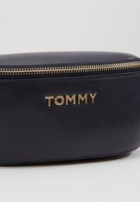 Tommy Hilfiger - ICONIC BUMBAG - Ledvinka - blue - 6
