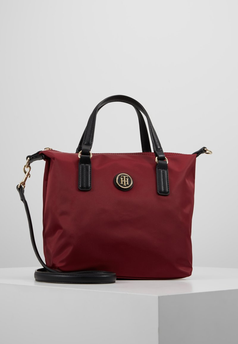 Tommy Hilfiger - POPPY SMALL TOTE SOLID - Sac à main - bordeaux