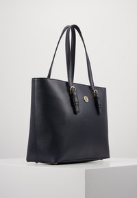 Tommy Hilfiger - CLASSIC SAFFIANO TOTE - Kabelka - blue - 3