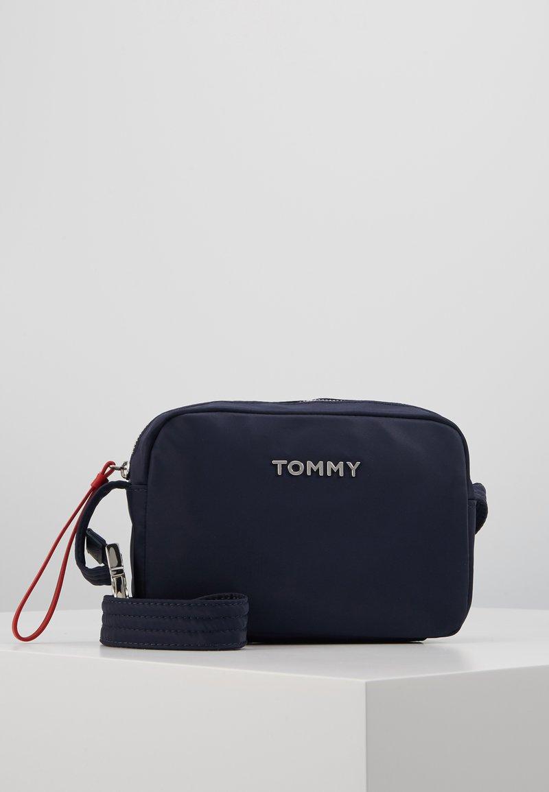 Tommy Hilfiger - CAMERA BAG - Umhängetasche - blue